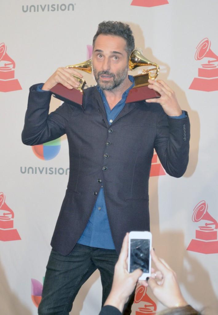 """41120314. Las Vegas.-  Jorge Drexler, cantautor uruguayo gano Grammy Latino por mejor álbum cantautor  por """"Bailar en la cueva"""". NOTIMEX/FOTO/JUAN COSME/COR/ACE/"""