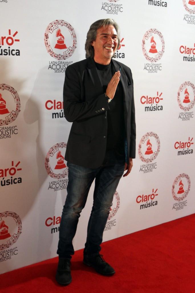 50603218. México, D.F.- El productor Pedro Damián, desfiló por la alfombra roja de Latin Grammy Acoustic Session 2015, realizada en el Centro Cultural Roberto Cantoral. NOTIMEX/FOTO/PEDRO SÁNCHEZ/PSM/ACE/