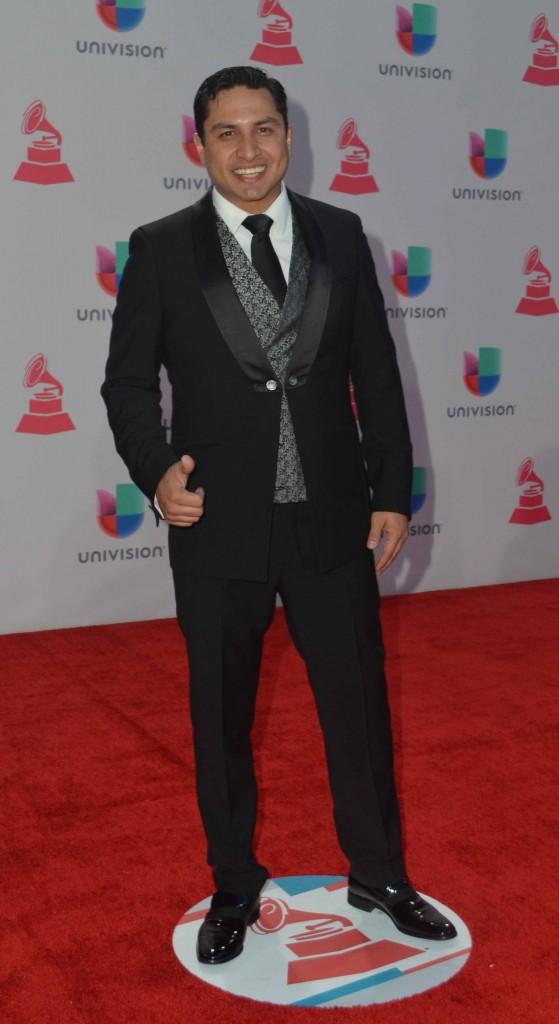 51119208. Las Vegas, 19 nov 2015 (Notimex-Juan Cosme).- Julión Álvarez, desfiló por la alfombra roja de la XVI entrega anual del Grammy Latino, hoy en un casino de Las Vegas. NOTIMEX/FOTO/JUAN COSME/COR/ACE