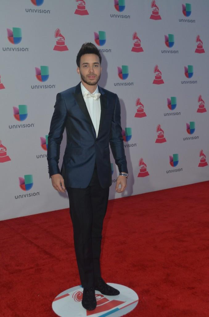 51119211. Las Vegas, 19 nov 2015 (Notimex-Juan Cosme).- Prince Royce, desfiló por la alfombra roja de la XVI entrega anual del Grammy Latino, hoy en un casino de Las Vegas. NOTIMEX/FOTO/JUAN COSME/COR/ACE